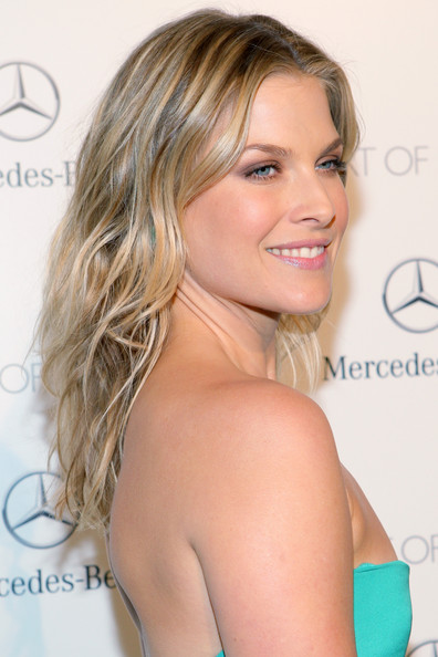 Ali Larter Long Wavy Cut