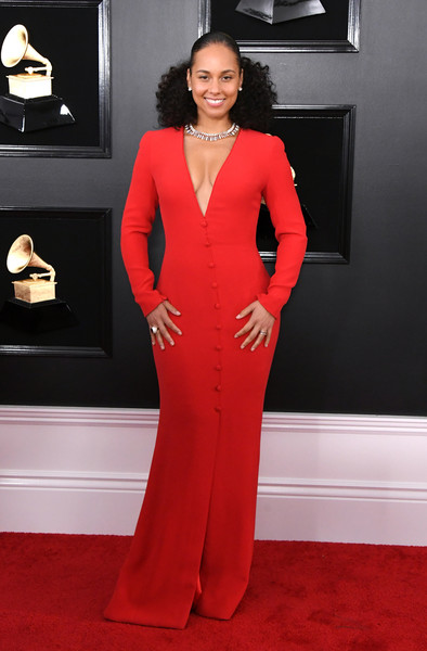 Alicia Keys Form-Fitting Dress [red carpet,clothing,carpet,dress,red,flooring,formal wear,gown,shoulder,neck,arrivals,alicia keys,grammy awards,staples center,los angeles,california,annual grammy awards]