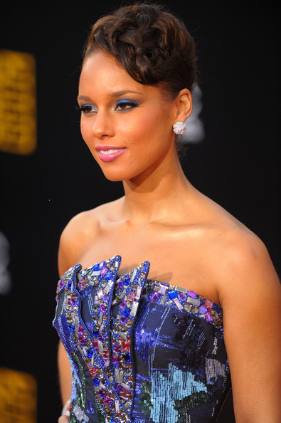 Alicia Keys Diamond Studs