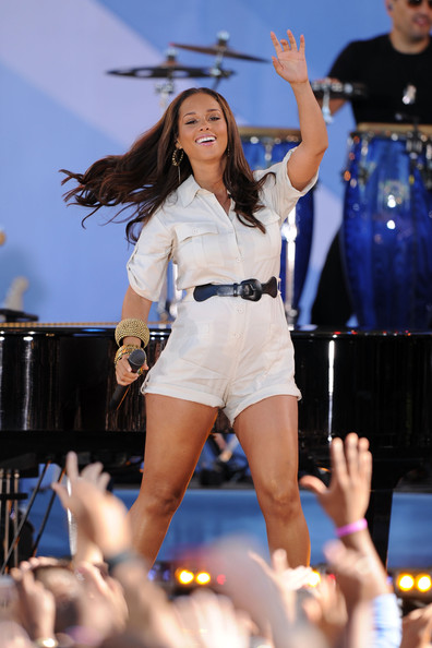 Alicia Keys Romper [good morning america,performance,thigh,leg,event,public event,performing arts,music artist,human body,stage,competition,alicia keys,new york city,central park,rumsey playfield,abc]