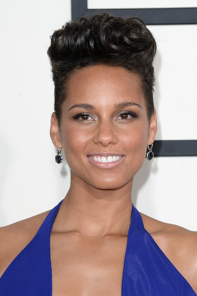 Alicia Keys Flat-top [hair,face,hairstyle,eyebrow,chin,forehead,shoulder,black hair,beauty,skin,arrivals,alicia keys,56th grammy awards,staples center,los angeles,california]