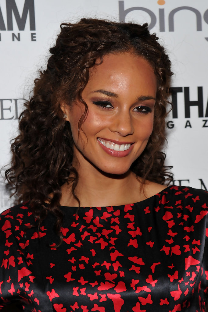 Alicia Keys Medium Curls Alicia Keys Shoulder Length