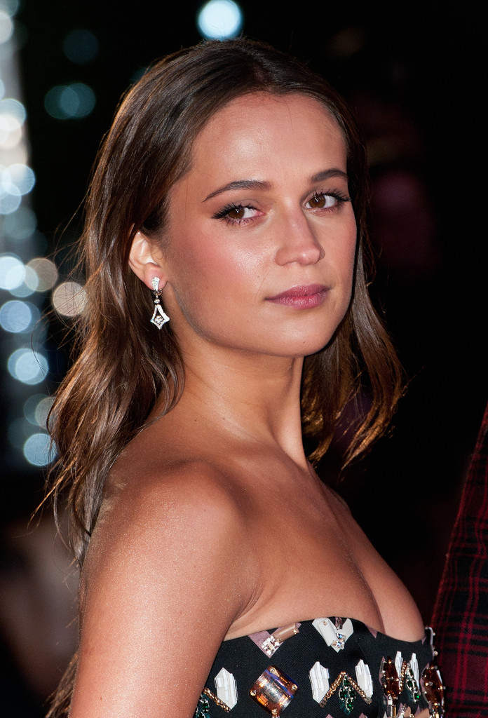Alicia Vikander Long Wavy Cut Newest Looks Stylebistro