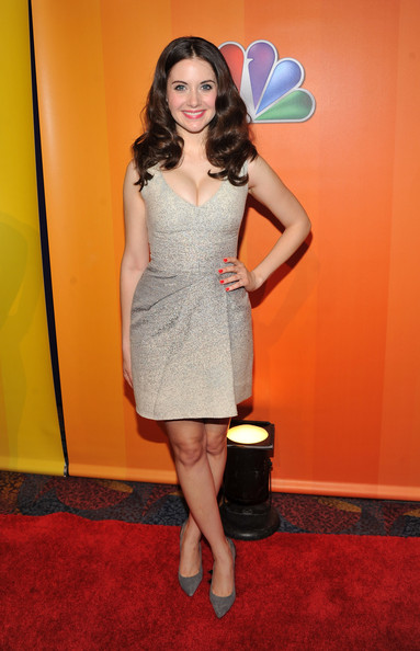 Alison Brie Cocktail Dress [alison brie,clothing,red carpet,dress,carpet,cocktail dress,shoulder,flooring,yellow,fashion,hairstyle,the hilton hotel,new york city,nbc]