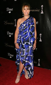 Posing at the Alliance For Women in Media's 2010 Gracies Awards, Melissa Rivers looked boho-chic in her flowing abstract print dress.