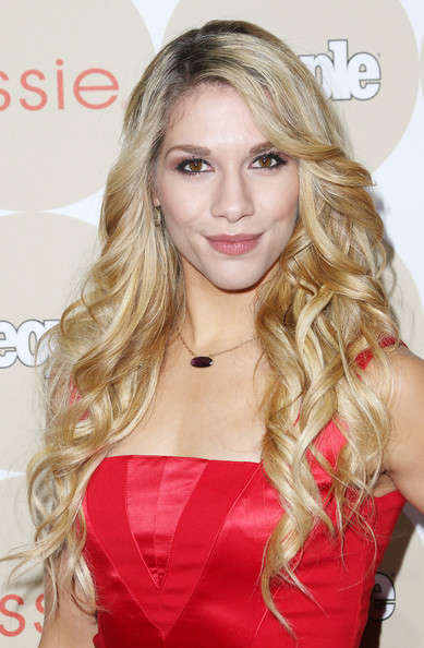 Allison Holker Hair