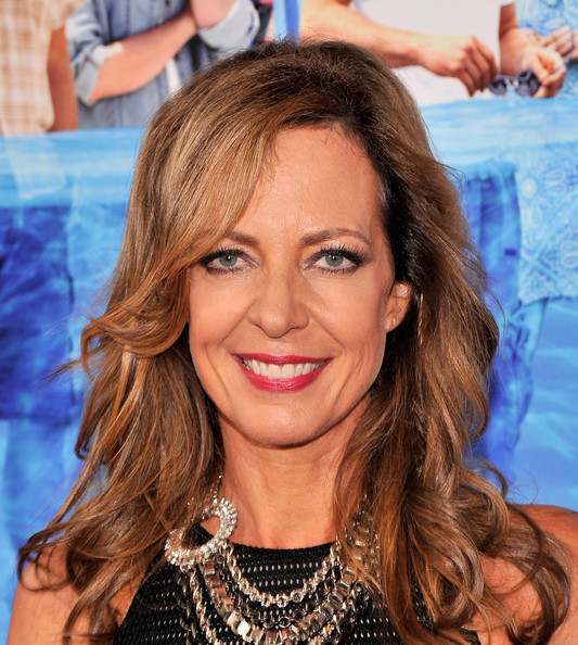 Allison Janney Red Lipstick [the way way back,hair,face,hairstyle,eyebrow,lip,blond,beauty,chin,forehead,brown hair,allison janney,new york,lincoln square,amc loews,premiere,new york premiere]