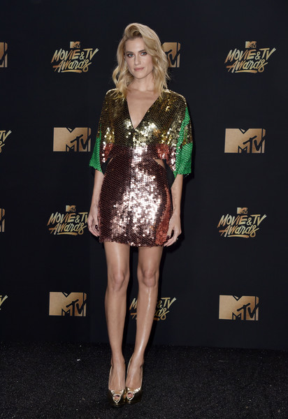 Allison Williams Peep Toe Pumps [movie,clothing,fashion model,fashion,dress,cocktail dress,carpet,hairstyle,footwear,leg,long hair,arrivals,allison williams,tv awards,california,los angeles,the shrine auditorium,mtv]