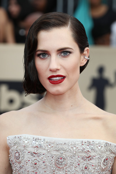 Allison Williams Red Lipstick [hair,eyebrow,fashion model,beauty,hairstyle,human hair color,lip,chin,shoulder,fashion,arrivals,allison williams,screen actors guild awards,los angeles,california,the shrine auditorium]
