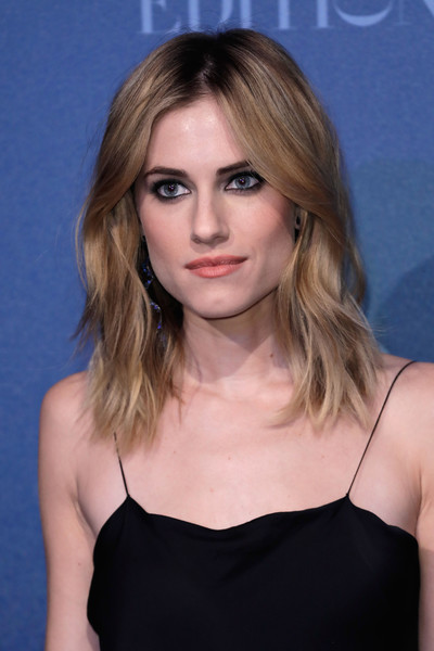 Allison Williams Medium Layered Cut [hair,face,hairstyle,blond,eyebrow,shoulder,chin,beauty,brown hair,long hair,red carpet arrivals,allison williams,british independent film awards,london,england,old billingsgate]