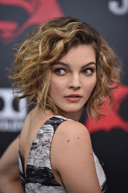Camren Bicondova was edgy-chic with her messy curls at the New York premiere of 'Batman v Superman: Dawn of Justice.'
