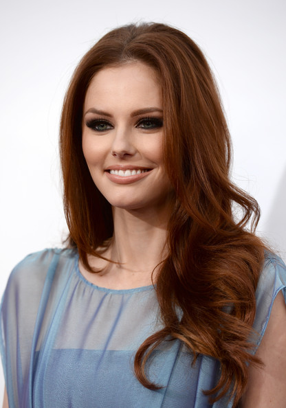 Alyssa Campanella Long Wavy Cut