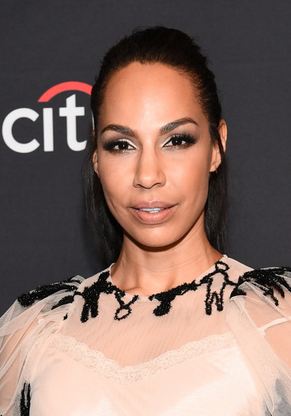 Amanda Brugel Half Up Half Down [the handmaids tale,hair,face,eyebrow,hairstyle,lip,skin,beauty,chin,forehead,shoulder,arrivals,amanda brugel,los angeles,dolby theatre,california,hollywood,paley center for media,paleyfest]