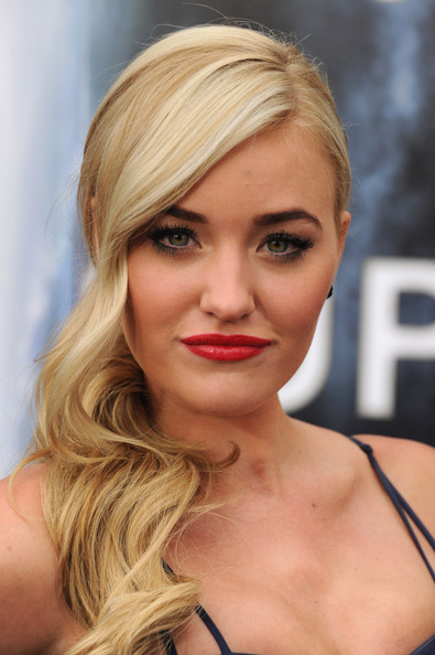 Amanda Michalka Red Lipstick