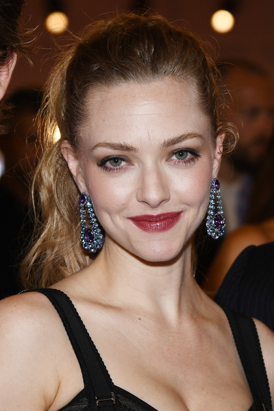 Amanda Seyfried Ponytail