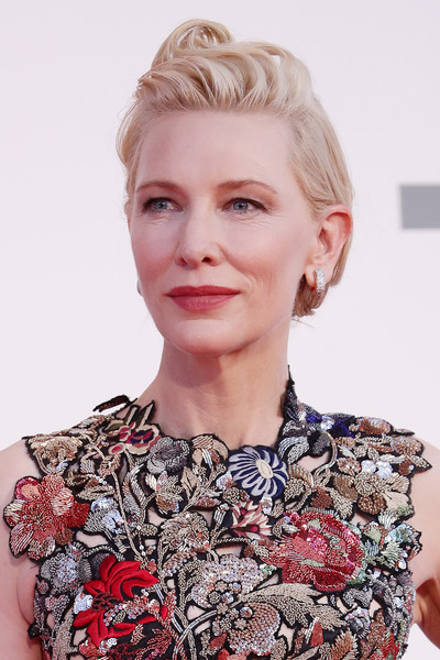 More Pics of Cate Blanchett Pompadour (7 of 66) - Cate Blanchett Lookbook - StyleBistro [movie,hair,face,hairstyle,blond,lip,eyebrow,chin,beauty,fashion,skin,cate blanchett,venezia77 jury,amants red carpet,hair,fashion,red carpet,brown hair,hair,77th venice film festival,hair,hair coloring,bangs,long hair,layered hair,brown hair,blond,fashion,ringlet,photo shoot]