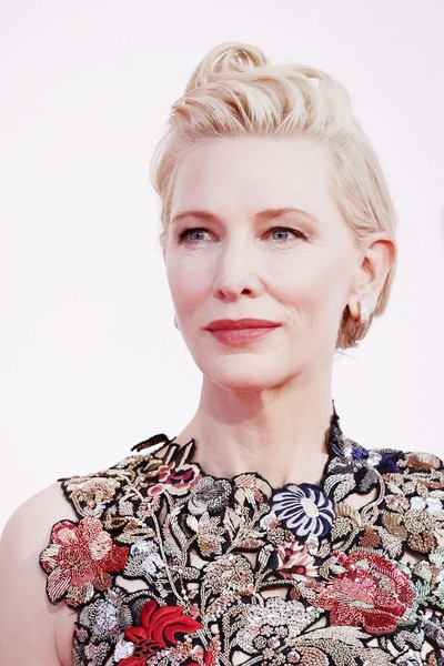 More Pics of Cate Blanchett Pompadour (4 of 66) - Cate Blanchett Lookbook - StyleBistro [movie,hair,face,hairstyle,blond,lip,eyebrow,skin,beauty,chin,fashion,blond,cate blanchett,venezia77 jury,amants red carpet,hair,hair,fashion,red carpet,77th venice film festival,hair coloring,long hair,bangs,pixie cut,brown hair,hair,blond,layered hair,fashion,photo shoot]
