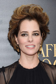 Parker Posey rocked '80s-glam hair at the New York premiere of 'Cafe Society.'