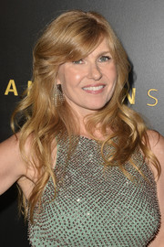Connie Britton looked lovely with her long waves and side-swept bangs at the Amazon Studios Golden Globes after-party.