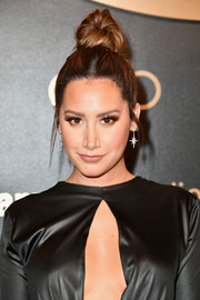 Ashley Tisdale gathered her tresses into a top knot for the Amazon Studios Golden Globes celebration.