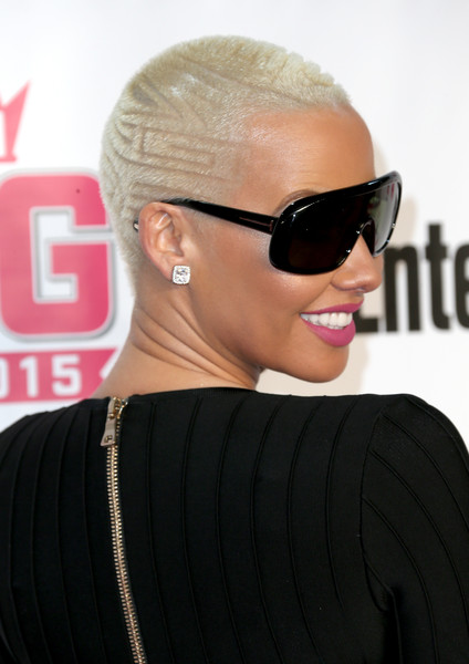 Amber Rose Buzzcut [eyewear,hair,hairstyle,sunglasses,glasses,cool,eyebrow,chin,blond,vision care,amber rose,entertainment weekly awards,west hollywood,california,pacific design center,vh1 big]