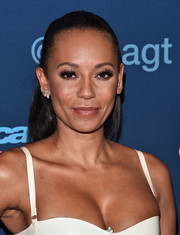 Melanie Brown sported a tight half-up 'do at the 'America's Got Talent' season 11 live show.