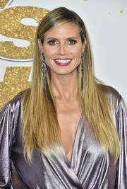 Heidi Klum wore her long tresses down in a simple straight style at the 'America's Got Talent' season 13 live show.