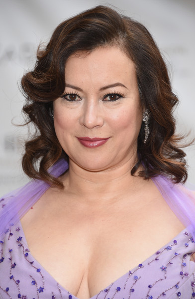 Jennifer Tilly styled her hair with sweet waves for the American Ballet Theatre Diamond Jubilee Spring Gala.
