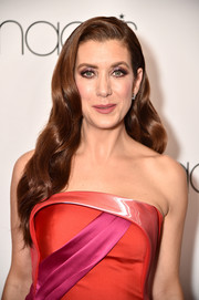 Kate Walsh looked glamorous with her long wavy 'do at the Go Red for Women 2018.