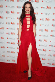 Juliette Lewis looked va-va-voom at the Go Red for Women event in a Christian Siriano gown with a strappy peekaboo bodice and a thigh-high slit.