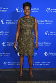 Leslie Jones was classic and chic in a gold lace cocktail dress at the American Museum of Natural History's 2017 Museum Gala.