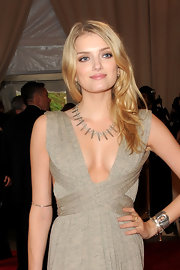 Lily highlighted her neckline with an edgy spiked necklace.