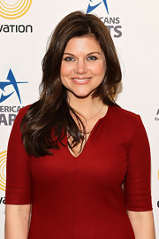 Tiffani Thiessen wore her hair in long loose layers at the 25th annual Nancy Hanks lecture on arts and public policy.