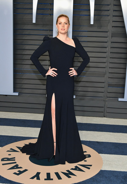 Amy Adams Evening Dress [oscar party,vanity fair,clothing,dress,black,gown,shoulder,fashion,lady,formal wear,standing,haute couture,beverly hills,california,wallis annenberg center for the performing arts,radhika jones - arrivals,radhika jones,amy adams]
