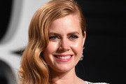 Amy Adams Side Sweep
