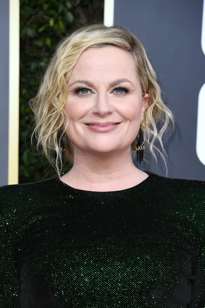 Amy Poehler Messy Updo [hair,face,blond,hairstyle,eyebrow,beauty,chin,lip,forehead,long hair,arrivals,amy poehler,the beverly hilton hotel,beverly hills,california,golden globe awards,amy poehler,the golden globe,golden globe awards,comedy,actor,celebrity,primetime emmy award,paul rudd]