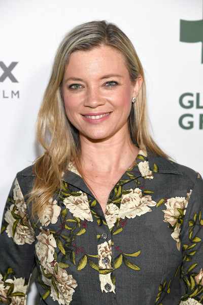 Amy Smart Long Side Part [hair,hairstyle,blond,fashion,long hair,premiere,military,brown hair,smile,style,amy smart,los angeles,california,global green pre oscar party,global green pre-oscar gala]