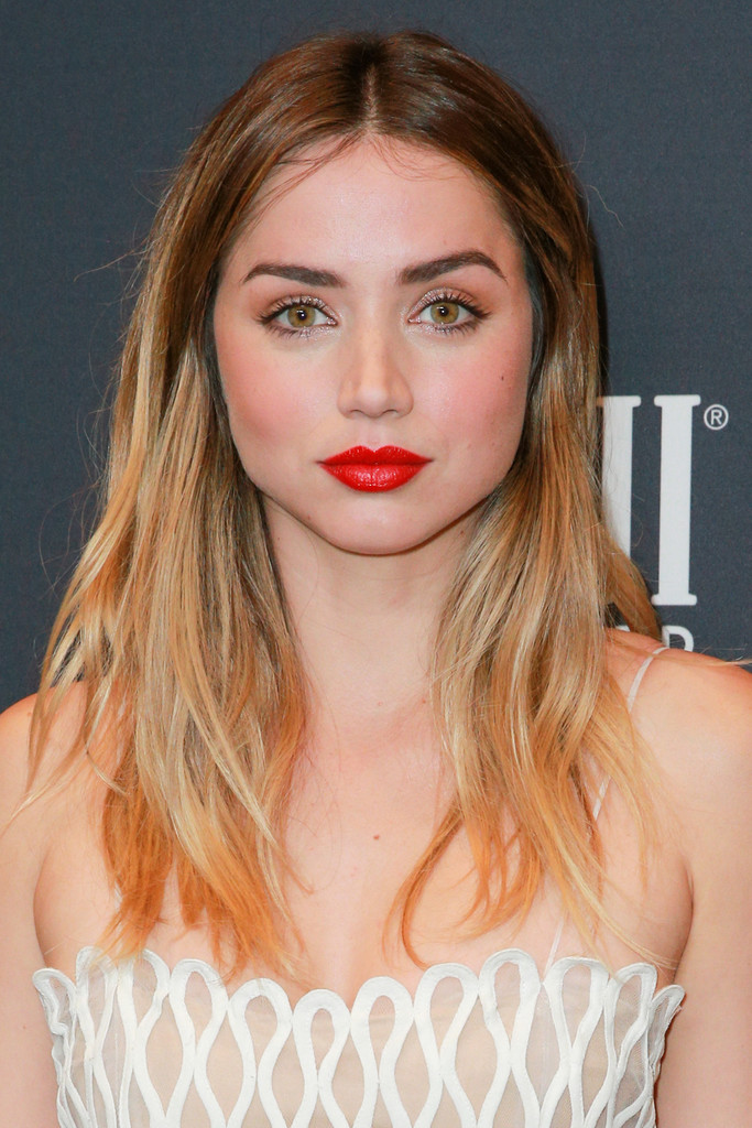 Ana De Armas Red Lipstick Makeup Lookbook Stylebistro