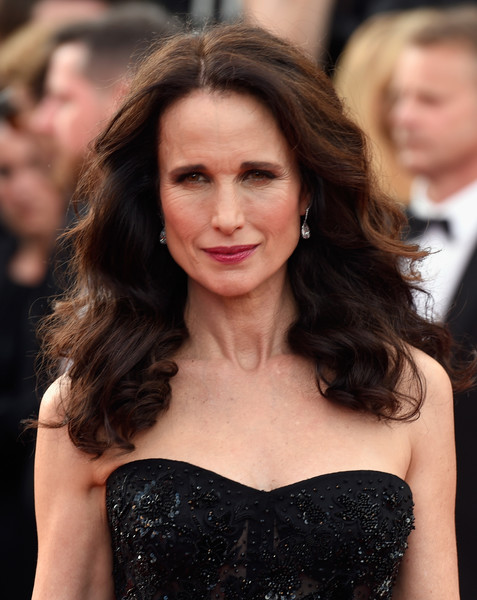 Andie MacDowell Long Curls [the killing of a sacred deer,hair,hairstyle,long hair,brown hair,shoulder,beauty,eyebrow,lip,premiere,dress,andie macdowell,screening,cannes,france,red carpet arrivals,cannes film festival,palais des festivals]