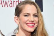 Anna Chlumsky Side Sweep