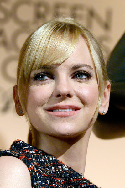 Anna Faris Ponytail [hair,face,blond,hairstyle,eyebrow,chin,lip,beauty,bob cut,bangs,anna faris,screen actors guild awards,silverscreen theater,west hollywood,california,pacific design center,nominations announcement]