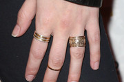 Anna Kendrick gold-ring