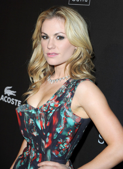 Anna Paquin Long Curls
