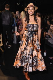 Rosario Dawson looked cute and breezy in a strapless print dress by Anna Sui during the brand's fashion show.