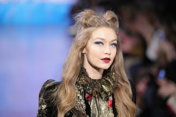 More Pics of Gigi Hadid Half Up Half Down (1 of 7) - Updos Lookbook - StyleBistro