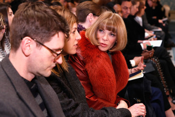 Anna Wintour Hamish Bowles Tory Burch - Front Row - Fall 2013 Mercedes-Benz Fashion Week