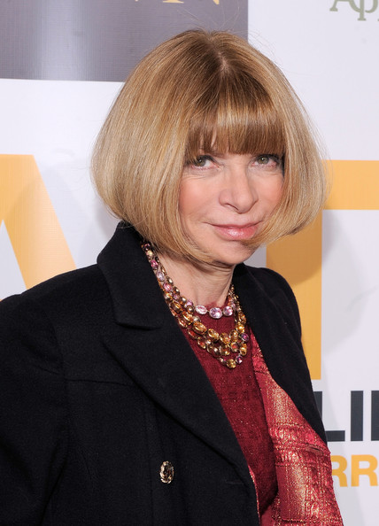 Anna Wintour Graduated Bob [hair,hairstyle,blond,bangs,bob cut,layered hair,hair coloring,official,outerwear,suit,anna wintour,arrivals,new york city,hope help relief haiti,urban zen,a night of humanity]