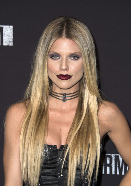 AnnaLynne McCord Dark Lipstick [knotts scary farm black carpet party,afp,hair,face,blond,hairstyle,long hair,eyebrow,chin,beauty,lip,hair coloring,buena park,california,annalynne mccord,valerie macon]