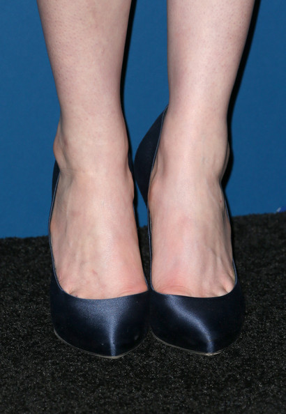 Anne Hathaway Evening Pumps
