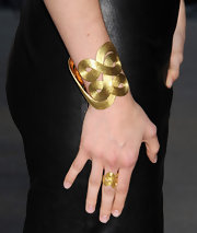 Mandy sported this yellow gold ring, which matched her cuff bracelet, at the 'Helmut Newton: White Women - Sleepless Nights - Big Nudes' exhibit opening.